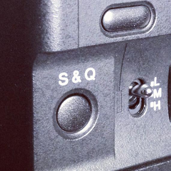 Sony NEX FS100 S&Q Button